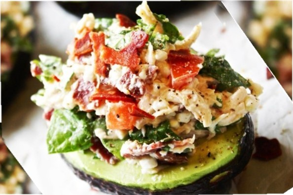 GG's Keto Avocado Chicken Spinach Salad
