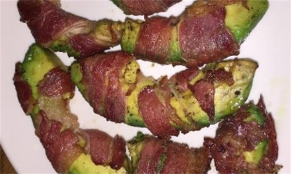 GG's Keto Bacon Avocado Wraps