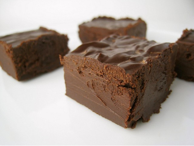 GG's Keto No Bake Chocolate Fudge