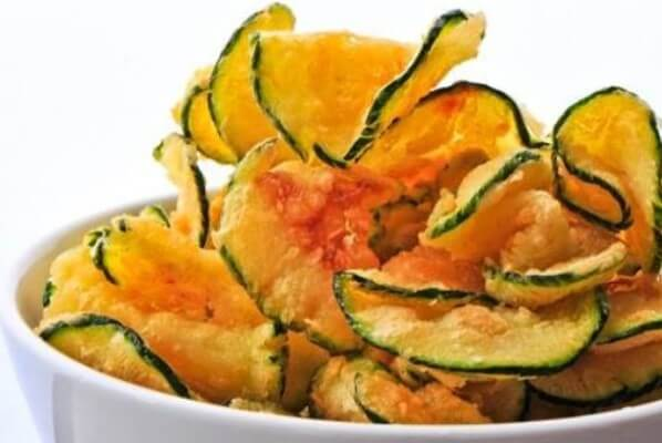GG's Keto Salt and Vinegar Zucchini Chips