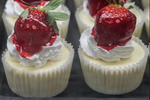 GG's KETO Vanilla Cheesecake Cups